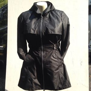 ✈️ XL women's lightweight rain jacket belted coat